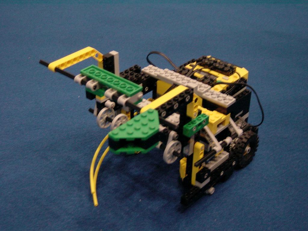 2004imgRobo015