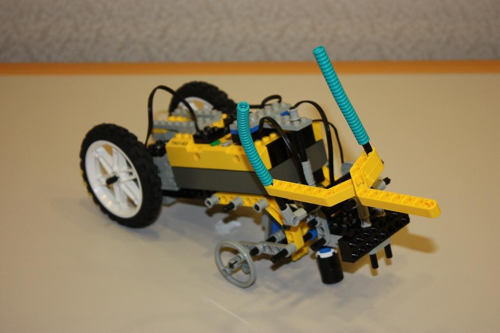 2008imgRobo010