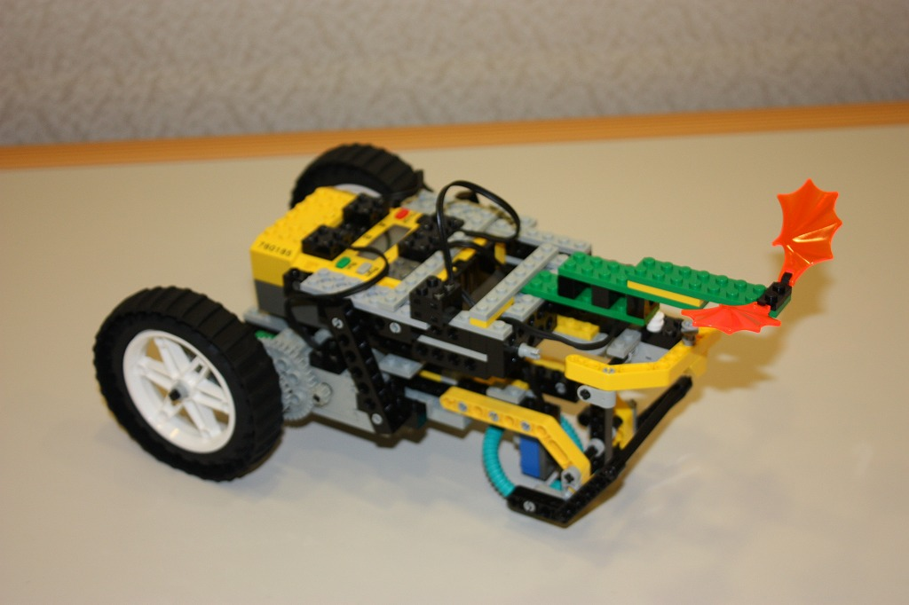 2008imgRobo012
