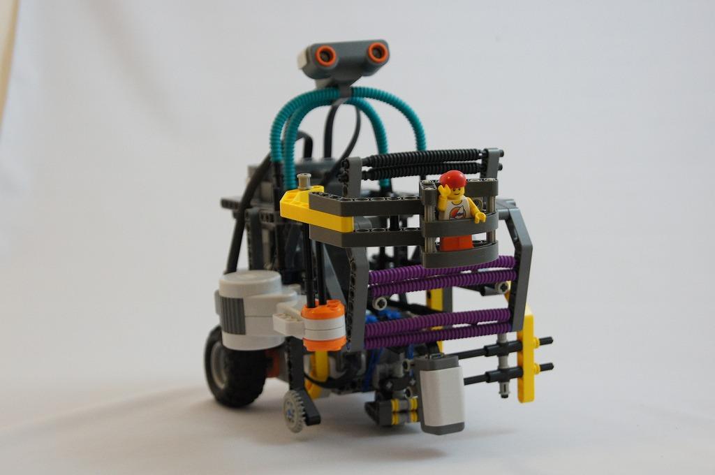 2011imgRobo011