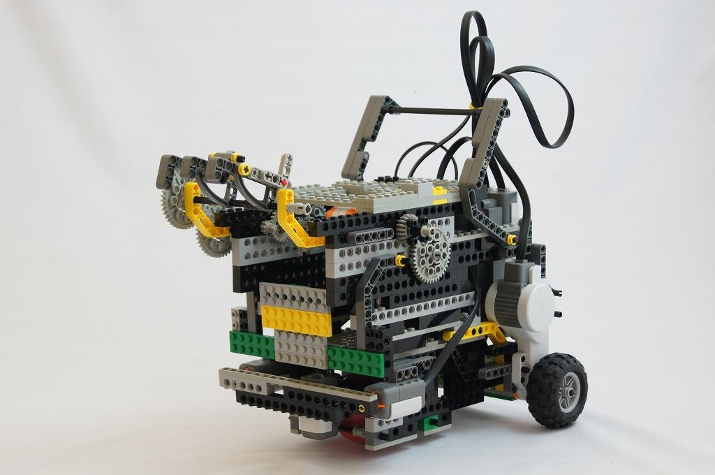 2011imgRobo012