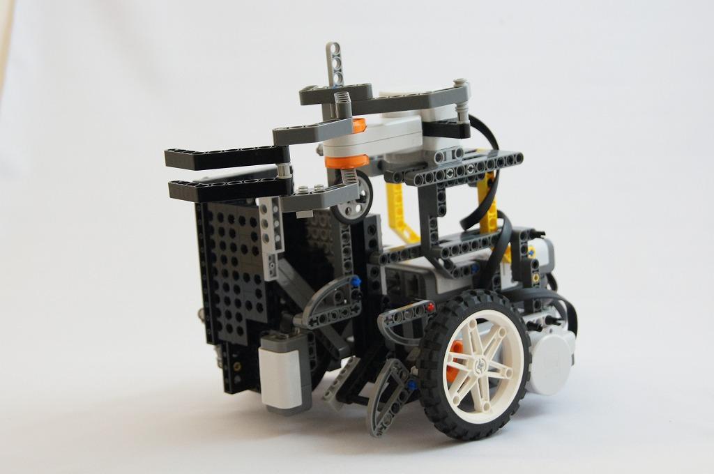 2011imgRobo015