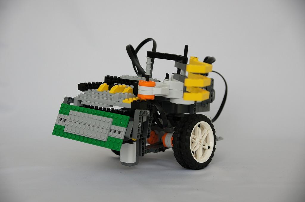 2012imgRobo028