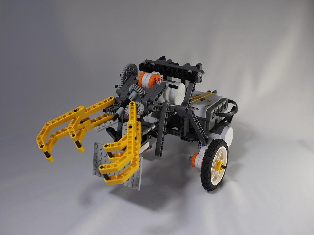 2015imgRobo011